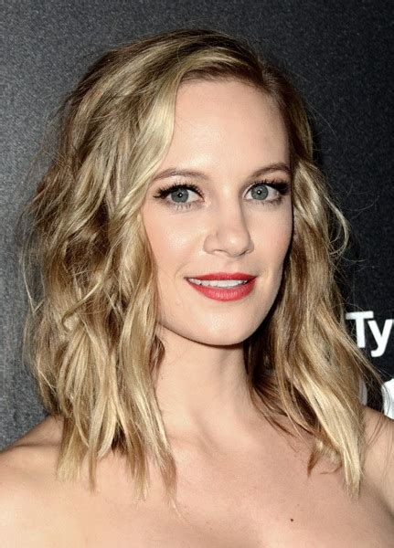 attractive  stylish hairstyles  square faces