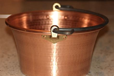 copper pot  polenta  wooden handle cm diameter
