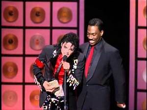 Michael Jackson Wins Lifetime Achievement Award - AMA 1989 ...