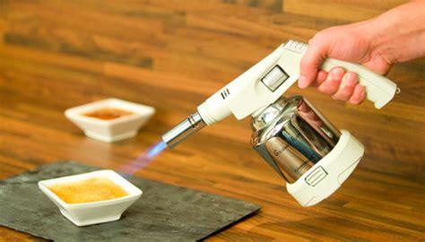comment recharger un chalumeau de cuisine comment utiliser un chalumeau pour cuisinier la recette