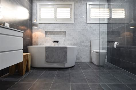 Bathroom Design & Colour Scheme Ideas 2018: Tips to Choose