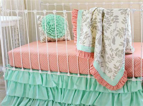 leafy dreams bumperless baby bedding blanket version