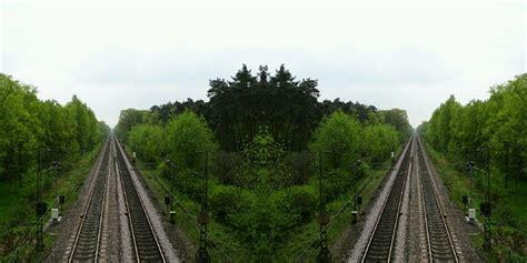 welcher saugroboter ist der richtige welcher ist der richtige foto bild projekte dienstag ist spiegeltag spiegelung bilder auf