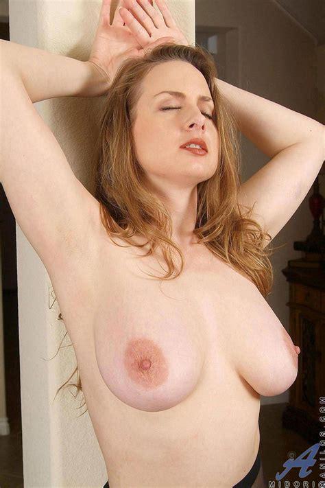 Sexy Armpit Page