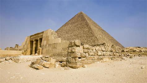 aegypten nacktfoto auf der cheops pyramide festnahme