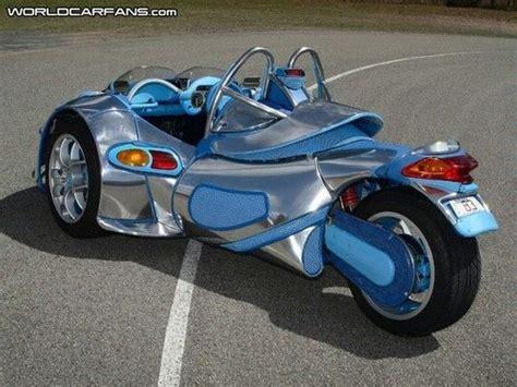 Unique 3-wheel Bonning Roadster (