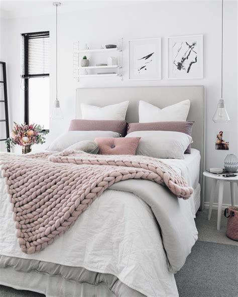 chambre romantique  idees deco pour la chambre de vos