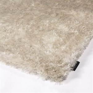 Tapis A Poils Long : tapis angelo vesuvio beige poils longs 140x200 ~ Teatrodelosmanantiales.com Idées de Décoration