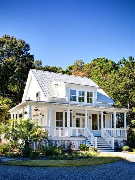 houses with big porches simple white southern farm house love large porches home ideas pinterest house