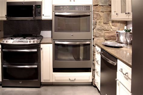 What Home Appliance Finish Will Replace Bisque?   Reviewed