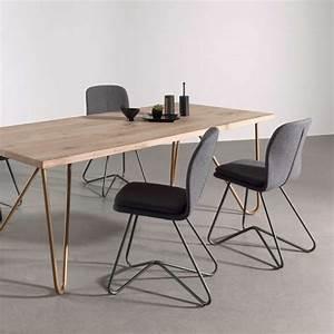 Chaise design de salle a manger avec coque en tissu for Chaises de salle à manger design