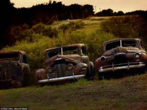 HD wallpapers photos of old cars in fields