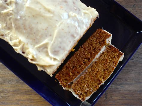 carrot loaf cake  cinnamon cream cheese frosting