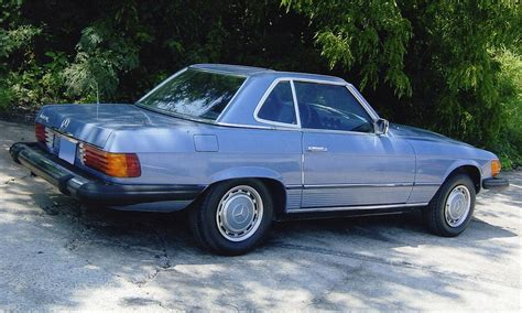 They're the perfect marriage of luxury. 1977 MERCEDES-BENZ 450SL CONVERTIBLE - 15988