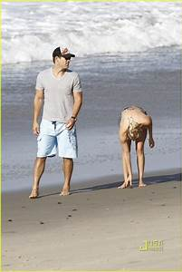 LeAnn Rimes & Eddie Cibrian: Beach Family Fun!: Photo ...