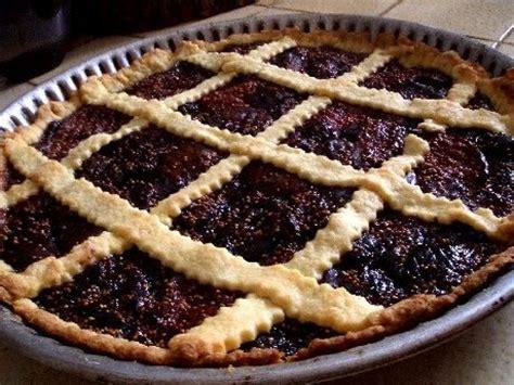 cuisiner les figues fraiches la tarte à croisillons aux figues une recette savoureuse