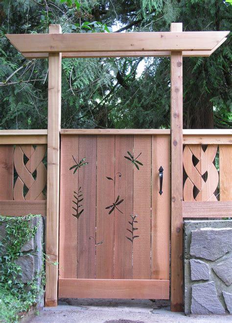 put  simple pergola   deck gate