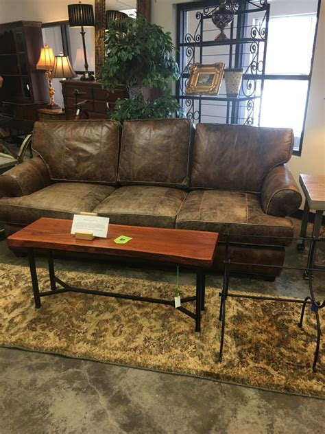 Sofa Shops by Quality Consignment Furniture And Home Decor Eyedia Shop