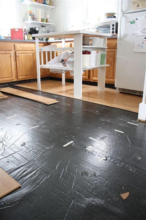 Removing Pergolike Laminate Flooring  Merrypad