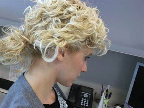 Curly Adorable Yellow Looks Up With 25 Addictive Tall Blonde Hairstyles For Trash