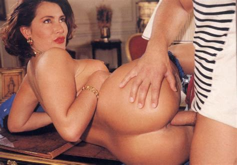Vintage Classic porn Rich French Eighties Xxx Dessert Picture 15