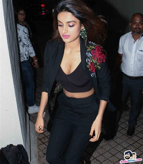Nidhhi Agerwal Beautiful Girls Pinterest