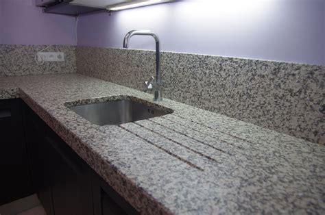 granit pour cuisine granit pour cuisine granit pour plan de travail 17