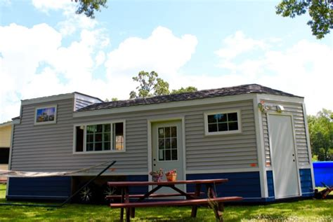 sq ft tiny homes  families  aging loved