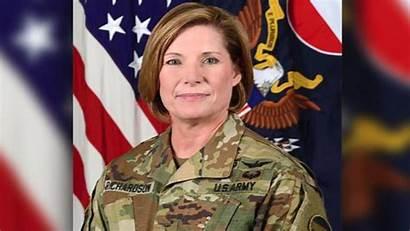 Army Female Richardson Woman Commander Laura Command