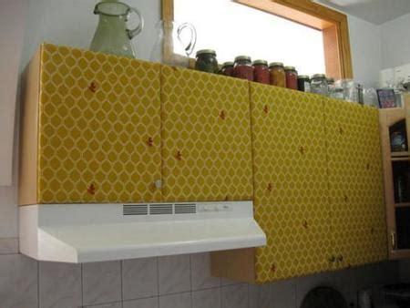 kitchen cabinet cover una mala idea tapizar los muebles de la cocina 2441