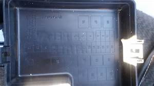 2003 Dodge Stratus Under Hood Fuse Box Diagram