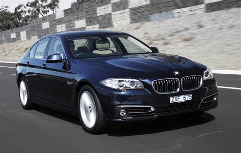 2015 Bmw 5 Series Gets New Option Packages, 550i Phased
