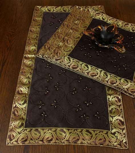hand embroidered table placemat set set   banarsi