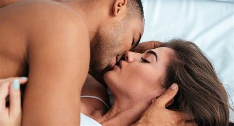 7 Exciting Things The Kamasutra Says About Kissing Read Health Related Blogs Articles And News