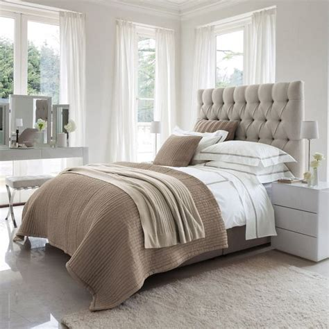 neutral colored bedding 30 timeless taupe home d 233 cor ideas digsdigs