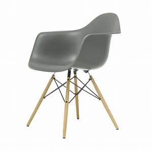 Stühle Im Eames Stil : die besten 25 eames st hle ideen auf pinterest eames charles eames und zuhause dekoration ~ Bigdaddyawards.com Haus und Dekorationen