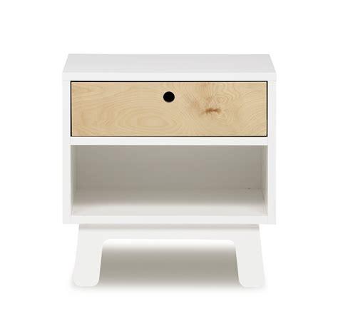 table de nuit sparrow blanc oeuf nyc pour chambre enfant les enfants du design