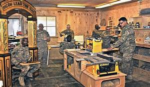 U S Soldiers Hone Woodworking Craft DoDLive