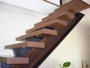 Fabriquer Escalier Limon Central by Escalier 224 Limon Central Du Design Et De La S 233 Curit 233 En