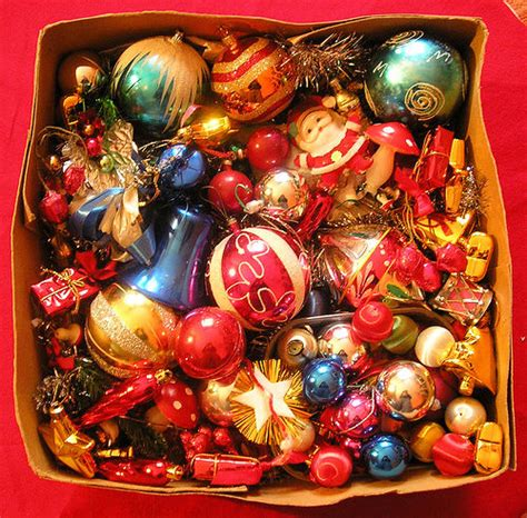 box  assorted christmas decorations pictures