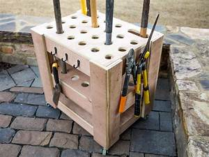 How to Build a Storage Cart for Yard Tools how-tos DIY