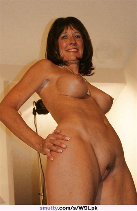 Stunning British Hotwife Beautiful Mature Hotwife