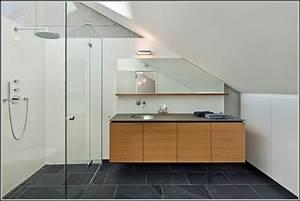 Kleines Bad Gestalten : kleines bad gestalten dachschrge badezimmer house und dekor galerie qokbg23woe ~ Buech-reservation.com Haus und Dekorationen