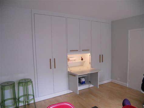 placard intégré chambre placard avec secrétaire integré contemporain armoire