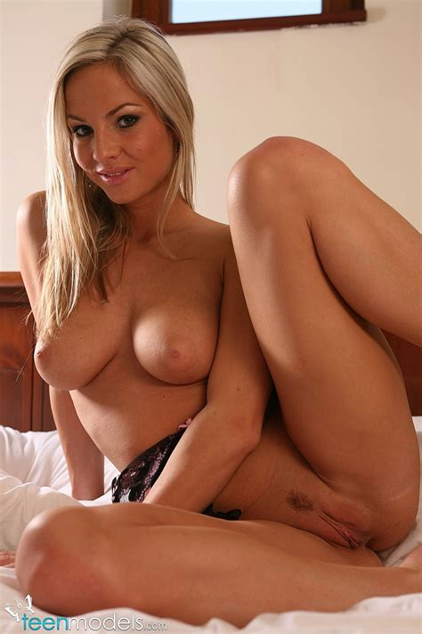 Teen Models Pussy Spreading Blonde At