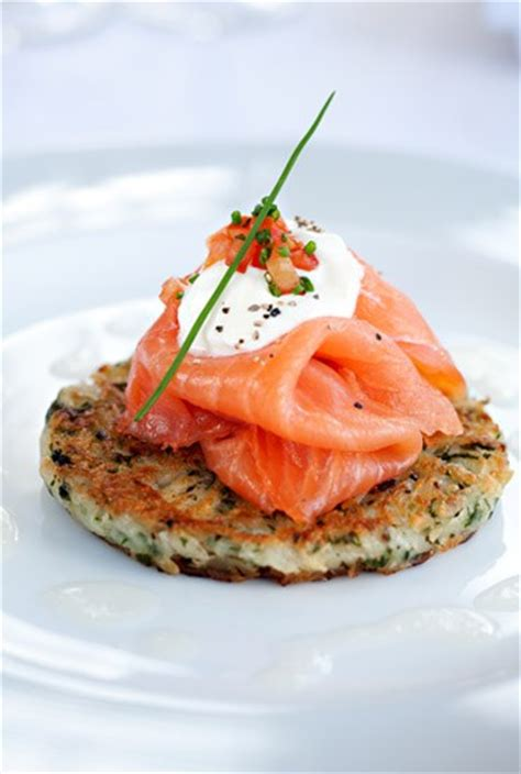 cuisiner saumon fumé recette saumon fumé idées recette avec du saumon fumé