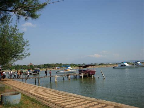 harga tiket masuk pantai marina tempat wisata alam
