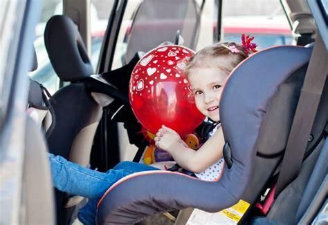 siege auto comment choisir choisir siège auto achat siège auto enfant