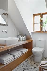 bad landhausstil 2 badezimmer im landhausstil roomido