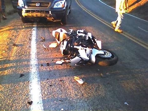 Motorcycle Accident Injuries & Laws (infographic